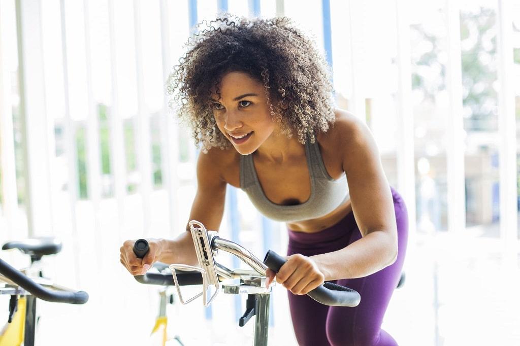 le velo comme sport contre la cellulite