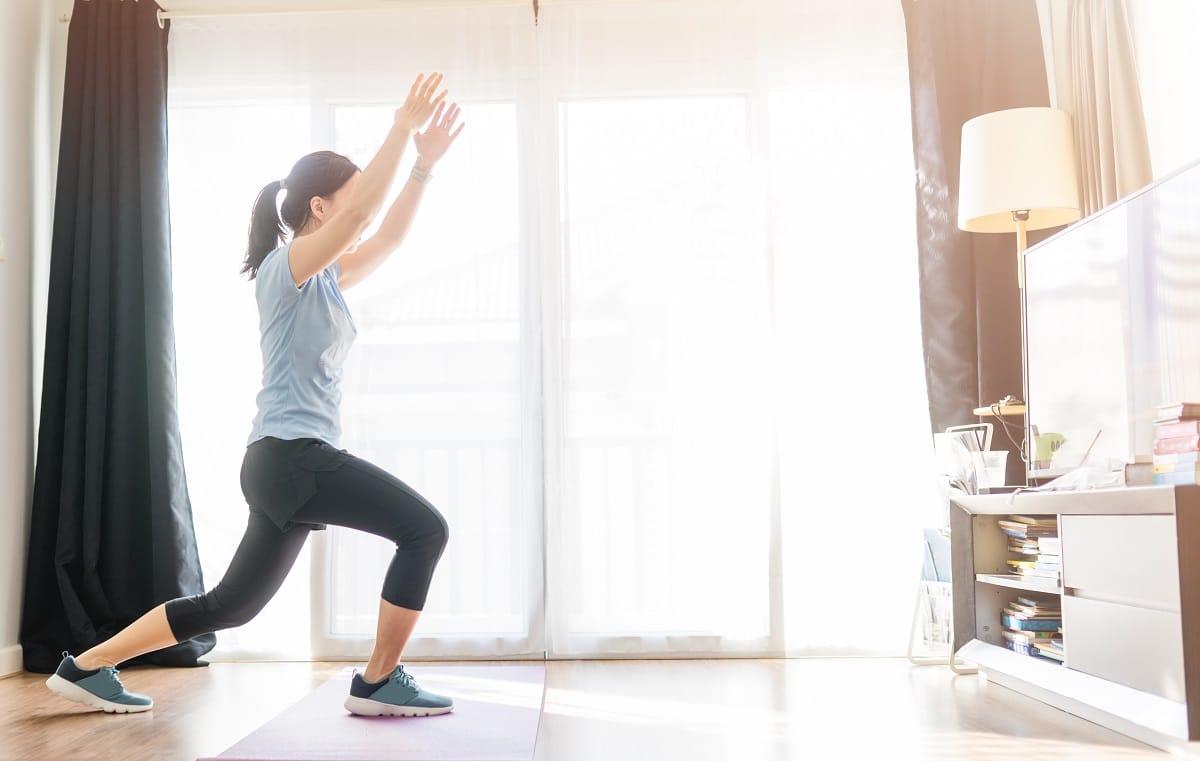 5 exercices cardio à faire à la maison | Les Dessous du Sport