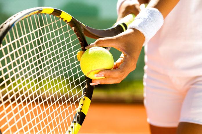 que muscle le tennis ?