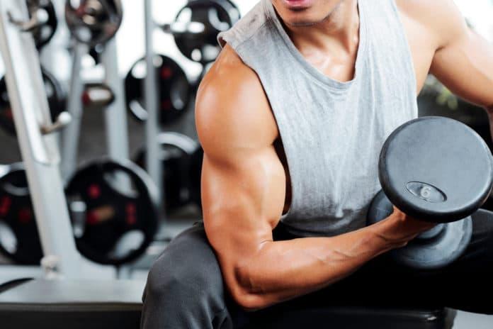 Top 5 des meilleurs étirements des biceps